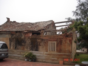 Old Fu-Jian Style home in disrepair